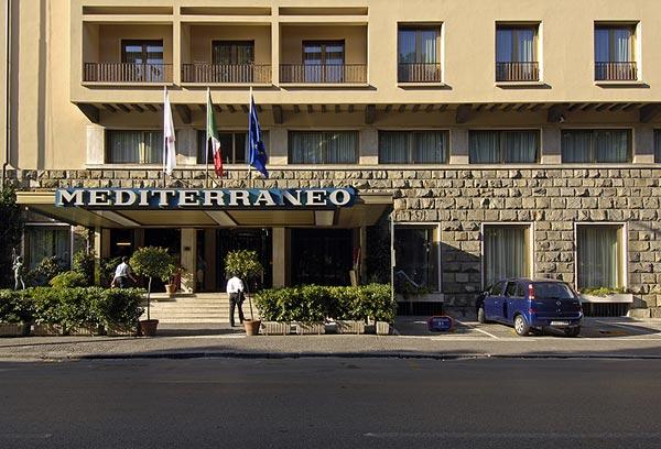 Grand Hotel Mediterraneo. Residential Hotel B:CONTE Ariake. Melia Berlin Hotel. Lakeland House. Kleinkaap Boutique Hotel. Coco La Palm Seaside Resort. Franciscan Garden Apartments. Storrs Gate House. Elder Grove Hotel