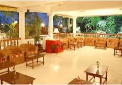 Hotel Ideal River View Tanjore